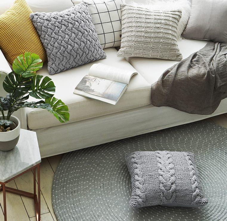 knits-cusions (1)